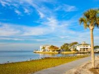 Vacation deals in Port Richey, Kissimmee, Doral & others in Florida